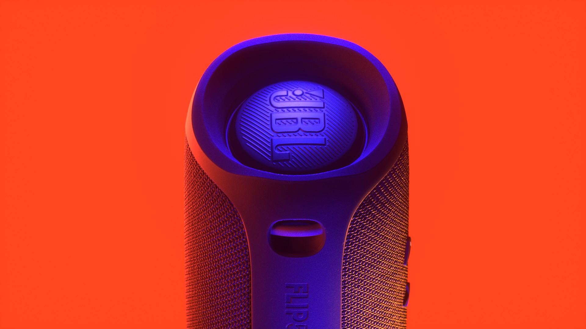 VU_AC_Speaker_v015_G