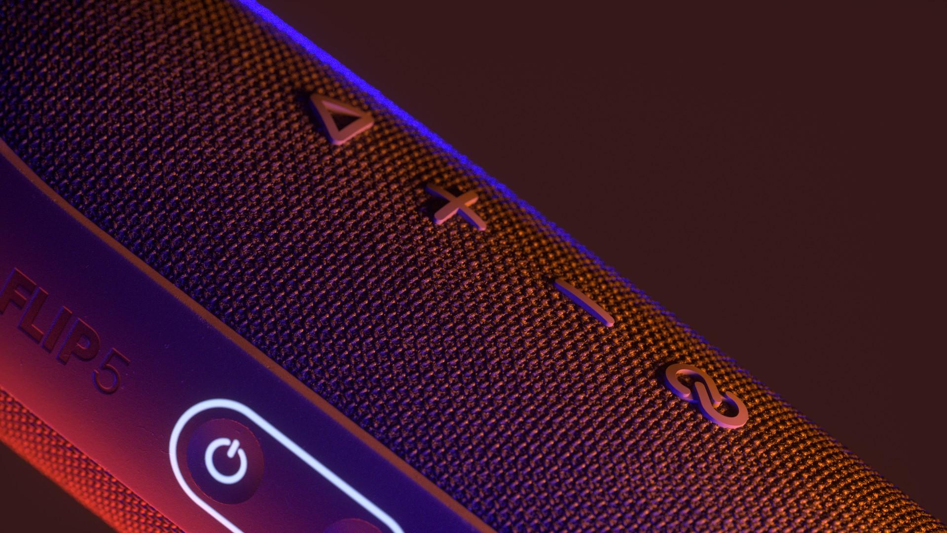 VU_AC_Speaker_v015_I